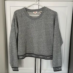 Levi's Sweater Small